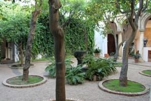 Patio Córdoba Andalucía fuente con agua