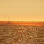 Atardecer dorado en Playa América – Costa Galicia Pontevedra