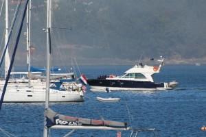 Barcos yates veleros mar Bayona