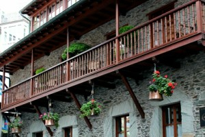 Cudillero casona tipica Asturias