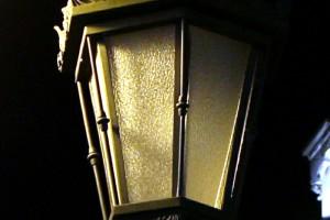 Farola iluminación noche Oviedo
