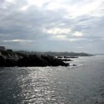Costa Asturias nubes olas y acantilados