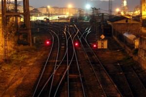 Vías de tren y estación Ourense