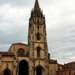 Fachada de Catedral de Oviedo Asturias