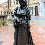 Escultura de la Regenta Oviedo