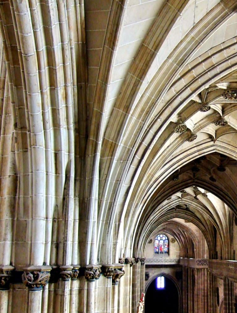 Catedral Salamanca vista de arcos interior