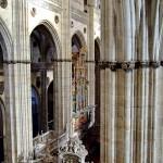 Columnas y arcos interior catedral Salamanca