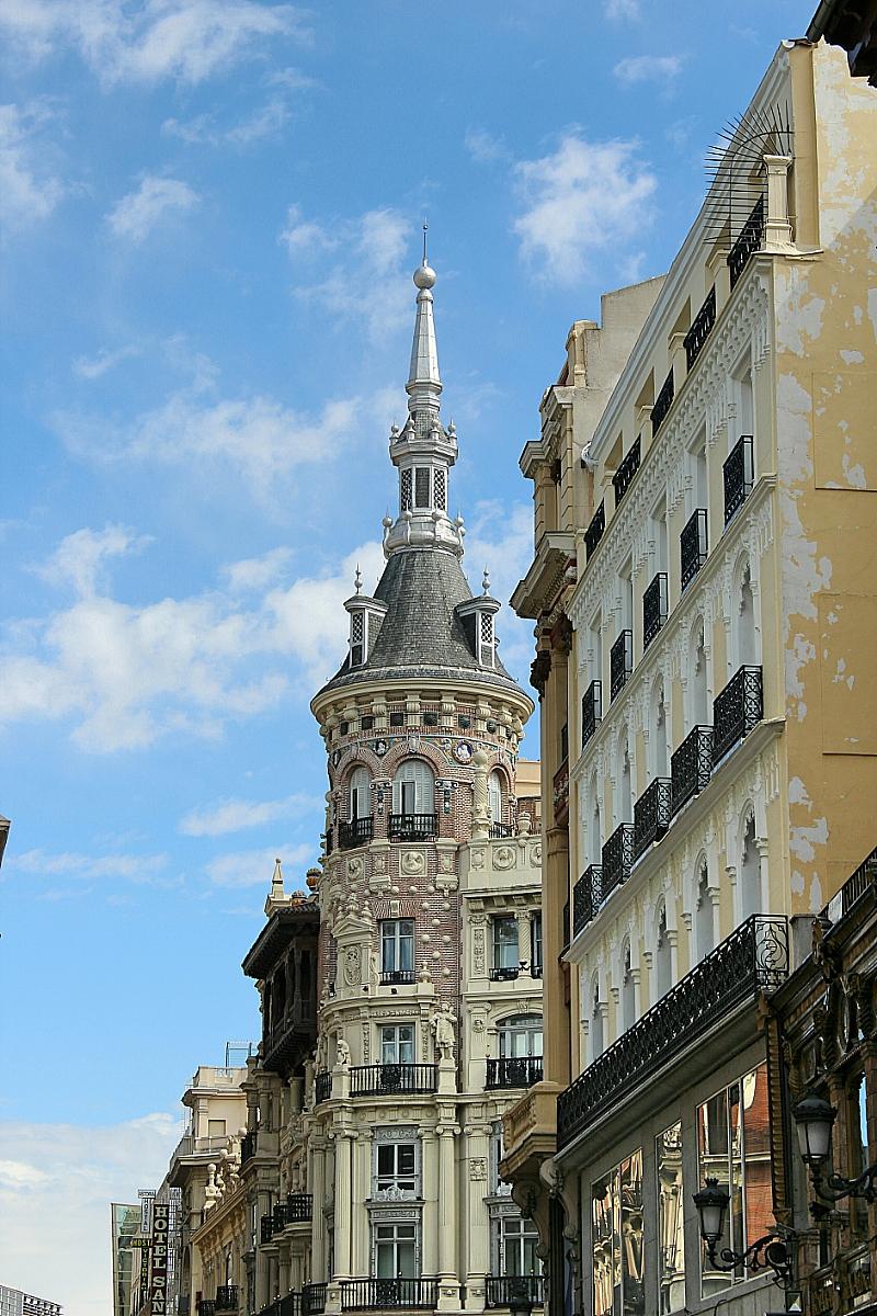 Edificio plaza de Canalejas Madrid