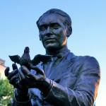Estatua Federico Garcia Lorca Madrid Plaza Santa Ana