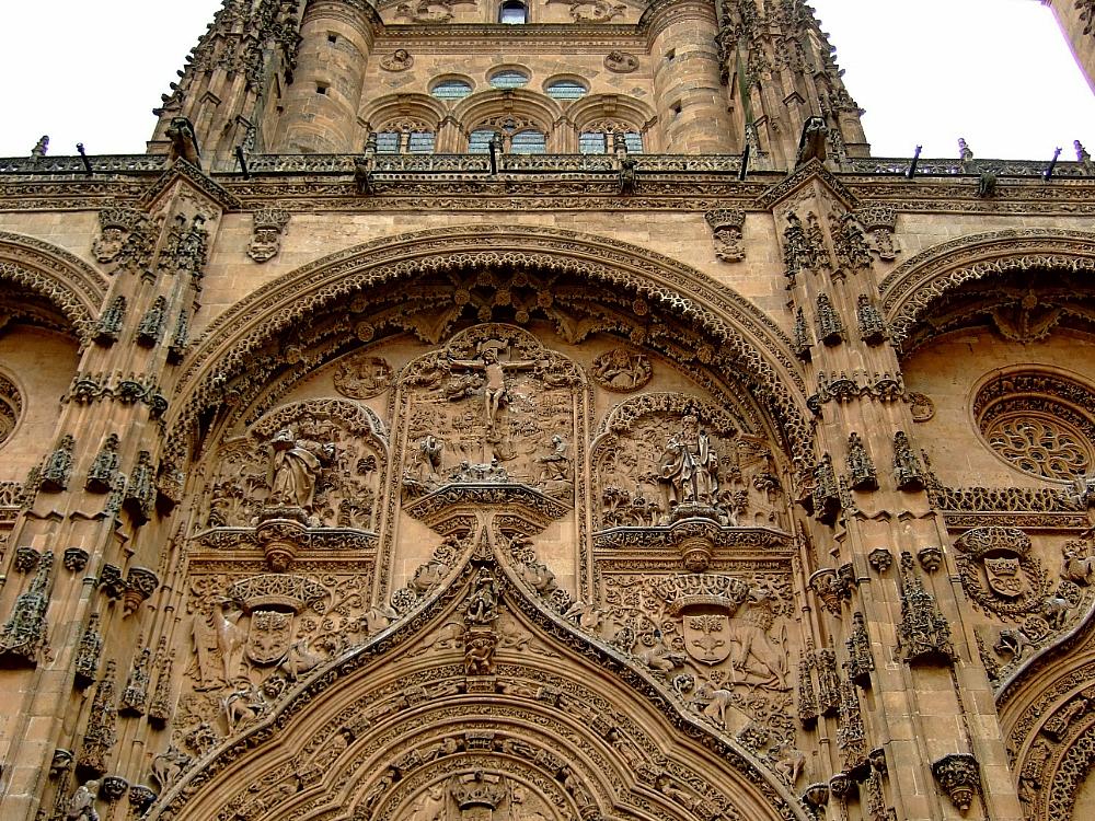Fachada Catedral Salamanca vista parcial