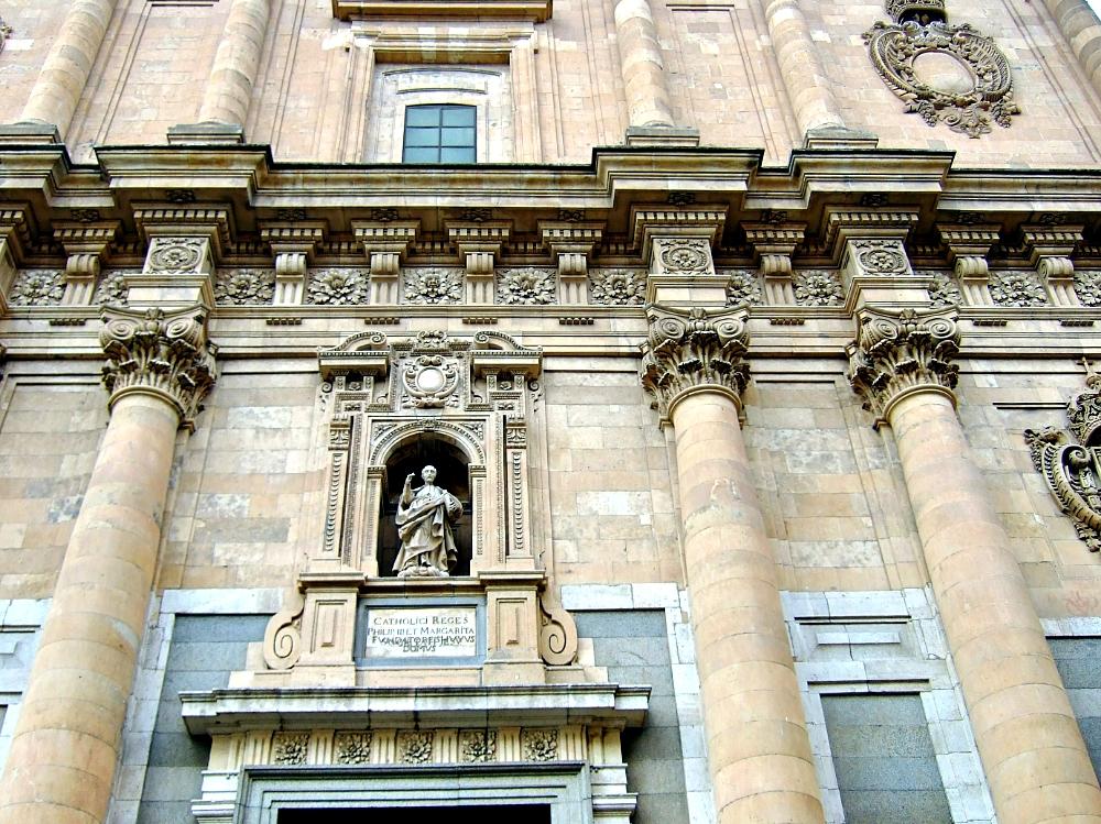 Fachada edificio Universidad Pontificia Salamanca