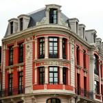 Fachada edificio casco antiguo Oviedo