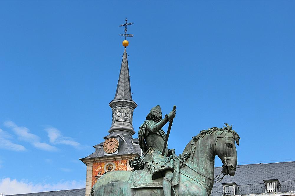 Felipe III plaza Mayor estatua Madrid