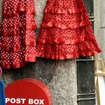 Post box y trajes de andaluza