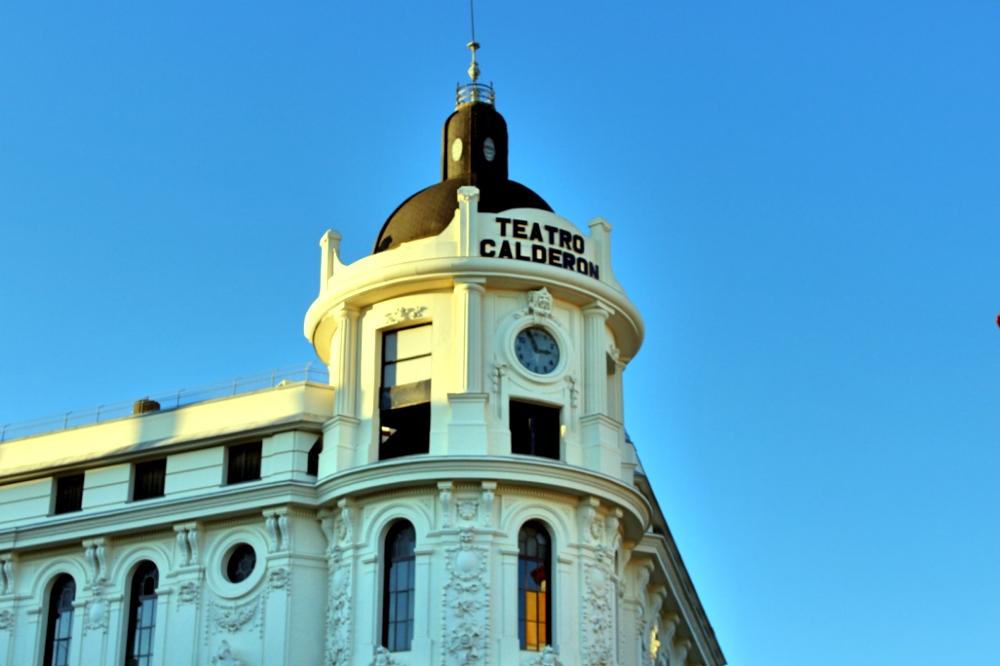 Teatro Calderón en plaza Benavente en Madrid