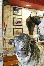 Toro de lidia bar taurino Carrera de San Jerónimo Madrid