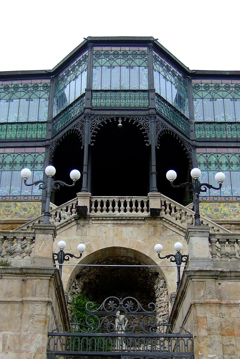 Salamanca Casa Lis fachada art nouveau art decó
