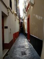 Callejuela Barrio de Santa Cruz en Sevilla