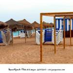Hamacas y parasoles playa Peñíscola Foto Manuel Ramallo