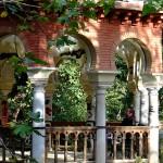 Templete en estanque parque de María Luisa