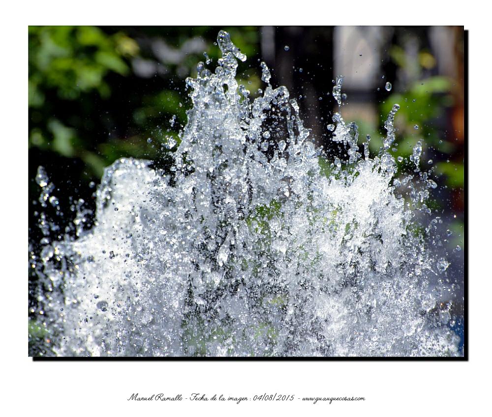 Chorro agua fuente parque San Lázaro de Orense - Imagen: Manuel Ramallo