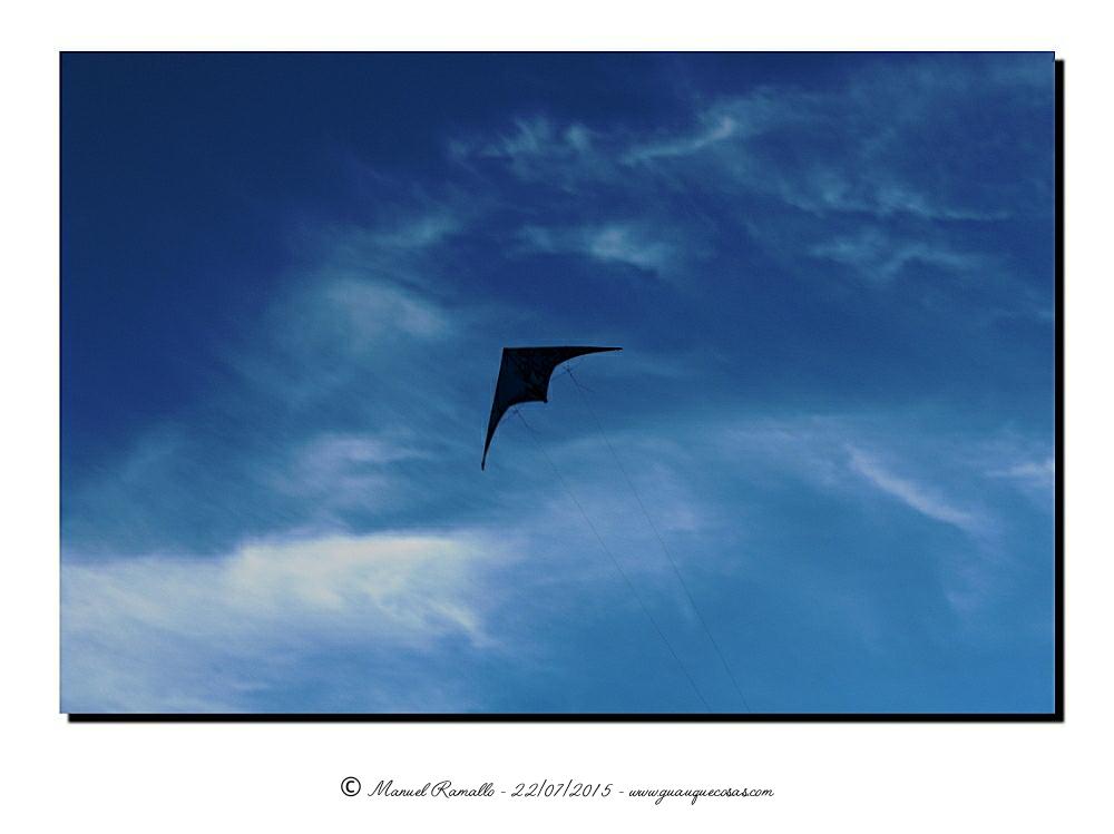 Cometa en el cielo - Imagen: Manuel Ramallo