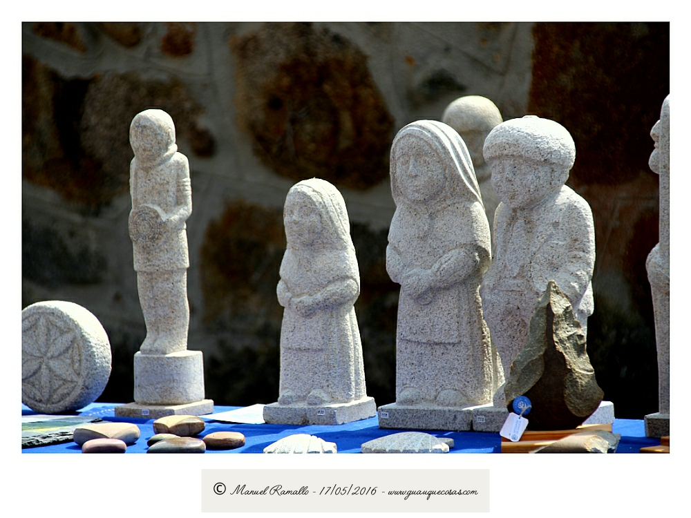 Esculturas en granito Vilanova dos Infantes Raigame 2016 - Imagen: Manuel Ramallo