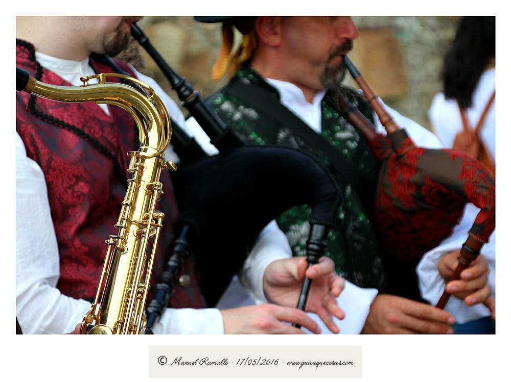 Gaitas y saxofón Raigame 2016 Vilanova dos Infantes Celanova - Imagen: Manuel Ramallo