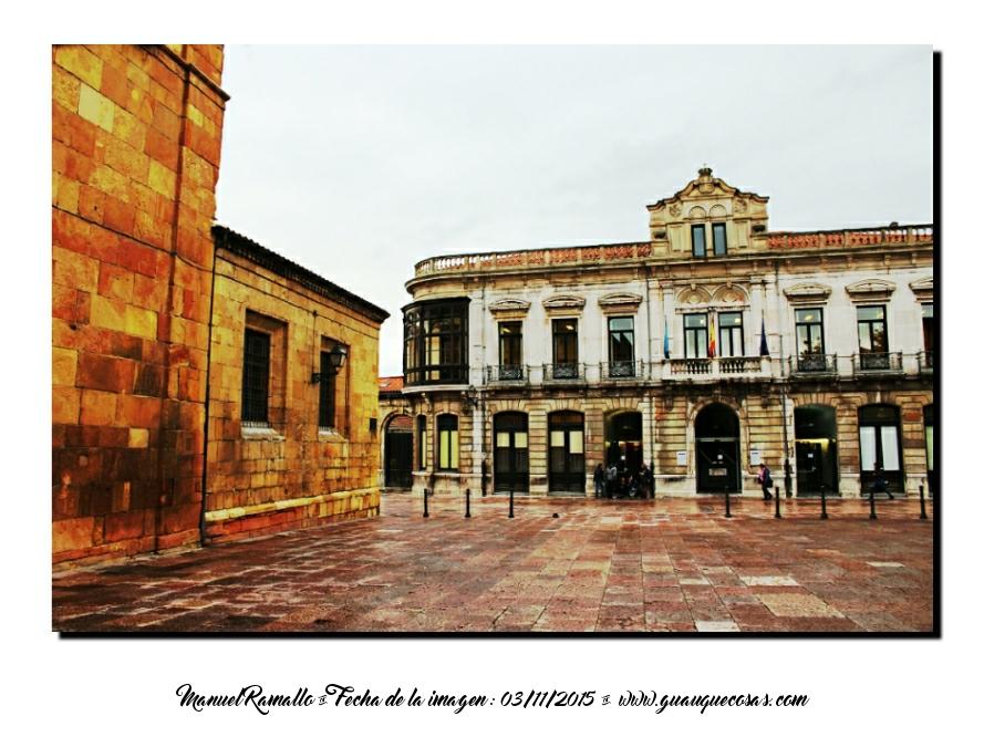 Museo Bellas Artes de Asturias Oviedo blanco y negro B&W - Imagen: Manuel Ramallo