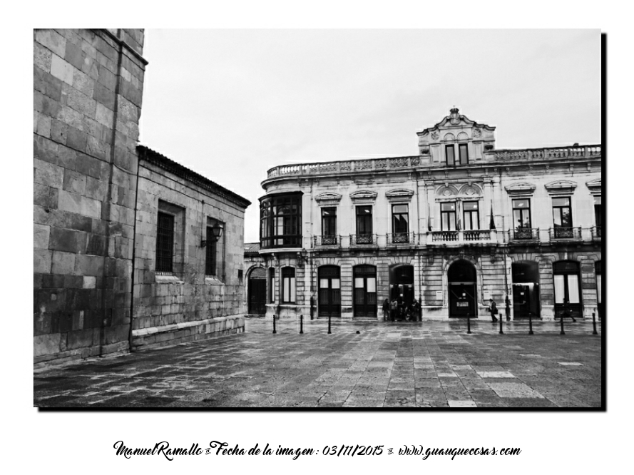 Museo-Bellas-Artes-de-Asturias-Oviedo-blanco-y-negro-BW- bn Imagen-Manuel-Ramallo