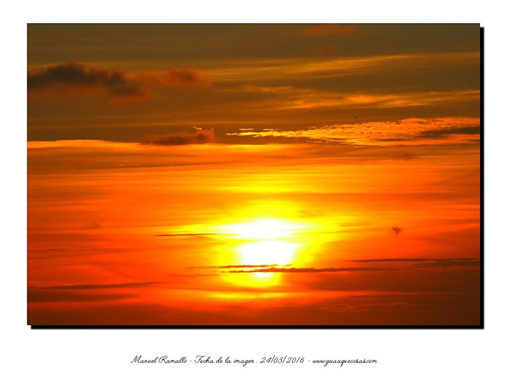 Rojo atardecer con el sol poniéndose - Imagen: Manuel Ramallo