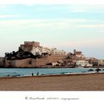 Peñíscola vista desde la playa vista general de la fortaleza – Imagen: Manuel Ramallo