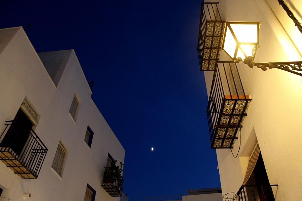 El cielo nocturno en la fortaleza de Peñíscola Autor Manuel Ramallo