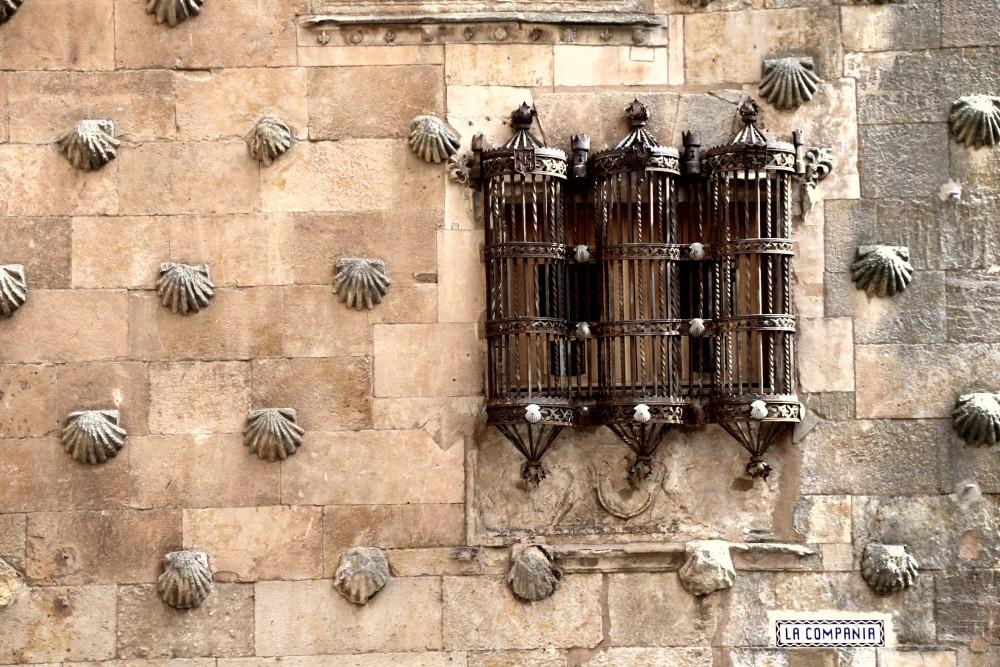 Casa de las Conchas Salamanca autor Manuel Ramallo