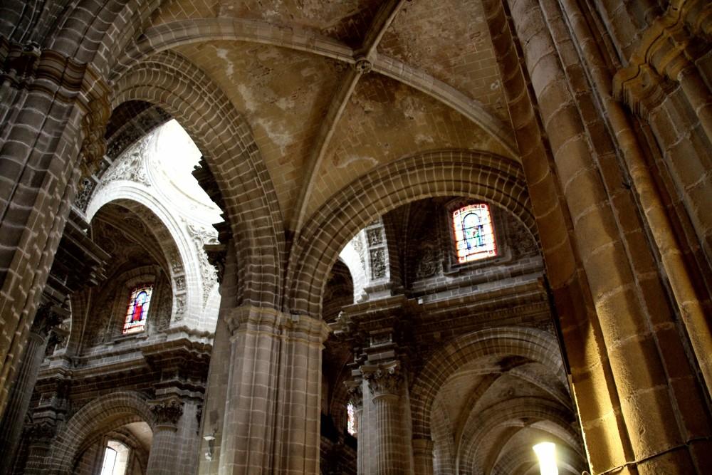 Interior de catedral de Jerez de la Frontera Cádiz autor Manuel Ramallo