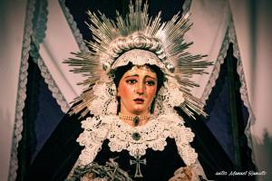 Escultura de la Virgen María en la catedral vieja de Cádiz iglesia de Santa Cruz