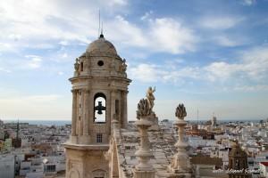 Vista desde la torre campanario de la catedral en Cádiz Andalucía