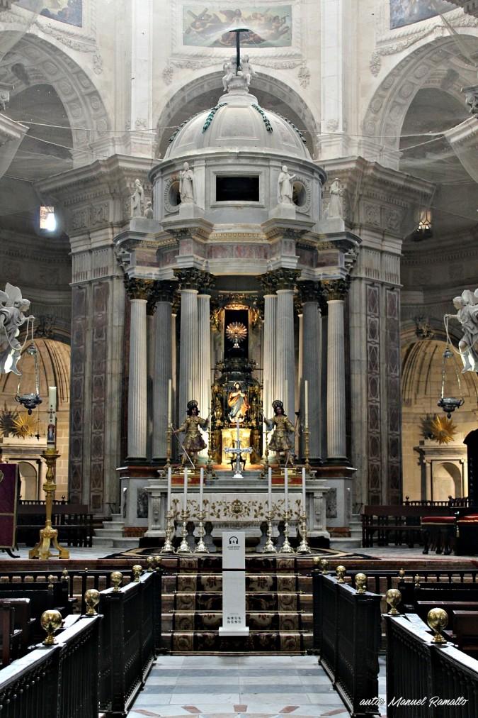Baldaquino de la catedral de Cádiz