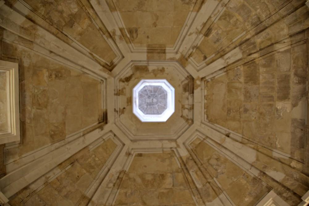 Interior cúpula catedral Cádiz Andalucía España