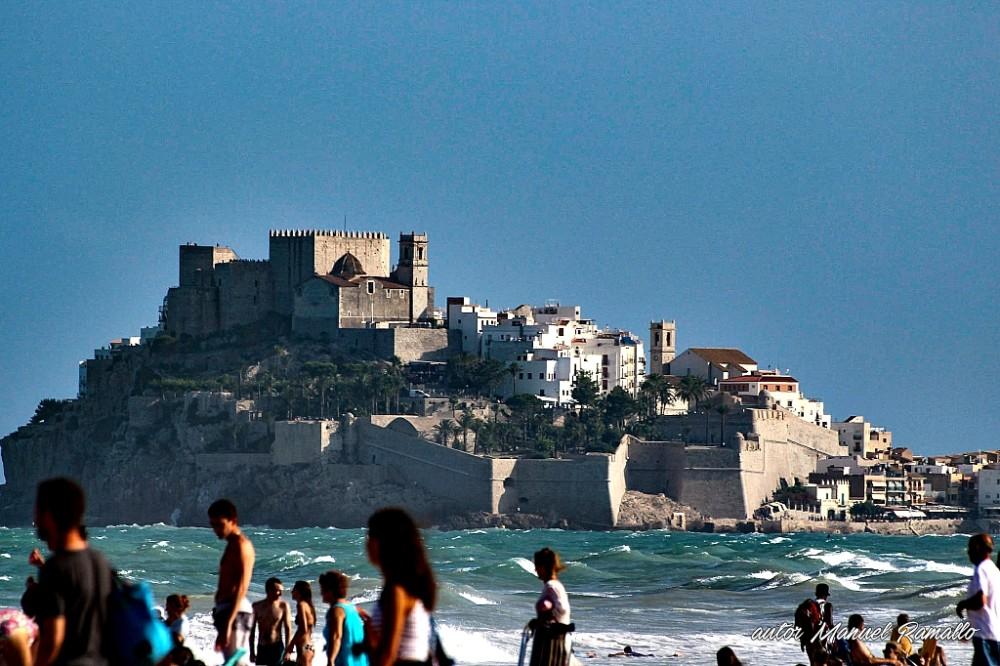 Preciosa imagen del castillo fortaleza de Peñíscola