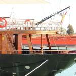 Barco de recreo de madera en el Puerto de Santa María Cádiz