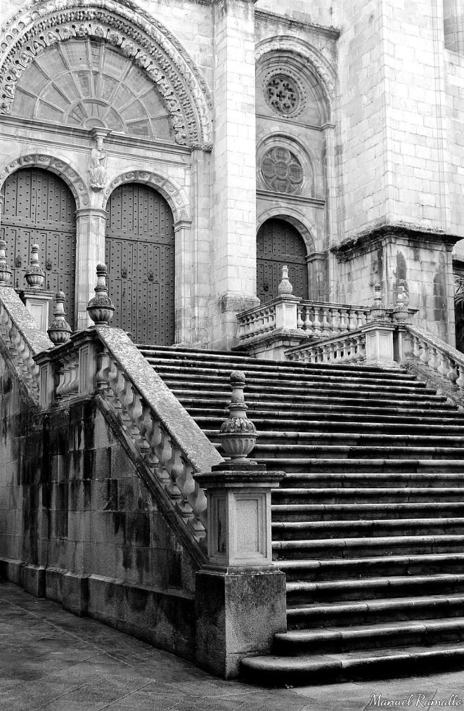 Escalinatas Catedral Ourense Plaza de San Martiño