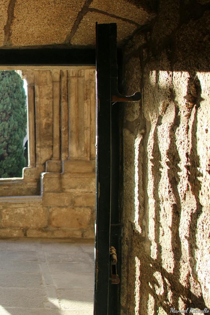 tuy-catedral-claustro-pontevedra-galicia