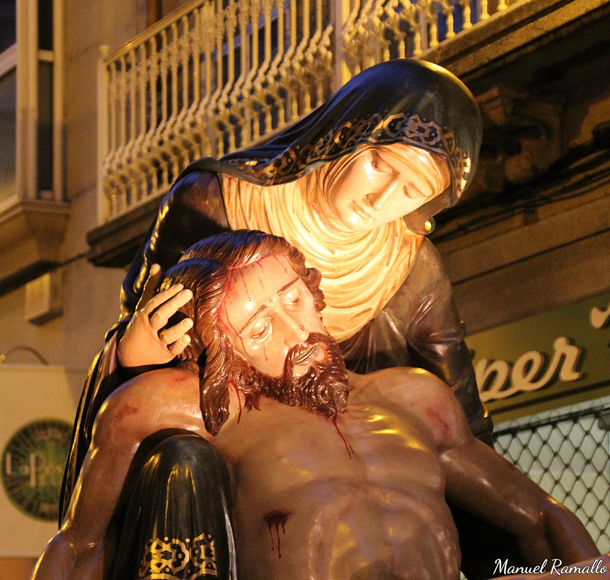 piedad-procesion-viernes-santo-ourense-orense