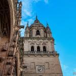 fachada-y-torre-campanario-del-reloj-de-la-catedral-de-salamanca