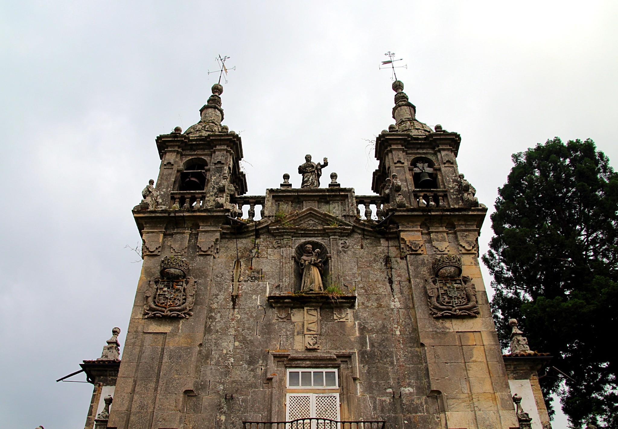 fachada-iglesia-capilla-san-antonio-de-padua-pazo-de-oca-pontevedra