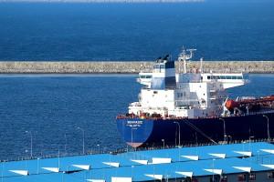 puerto-barco-coruna-mercante-muelle