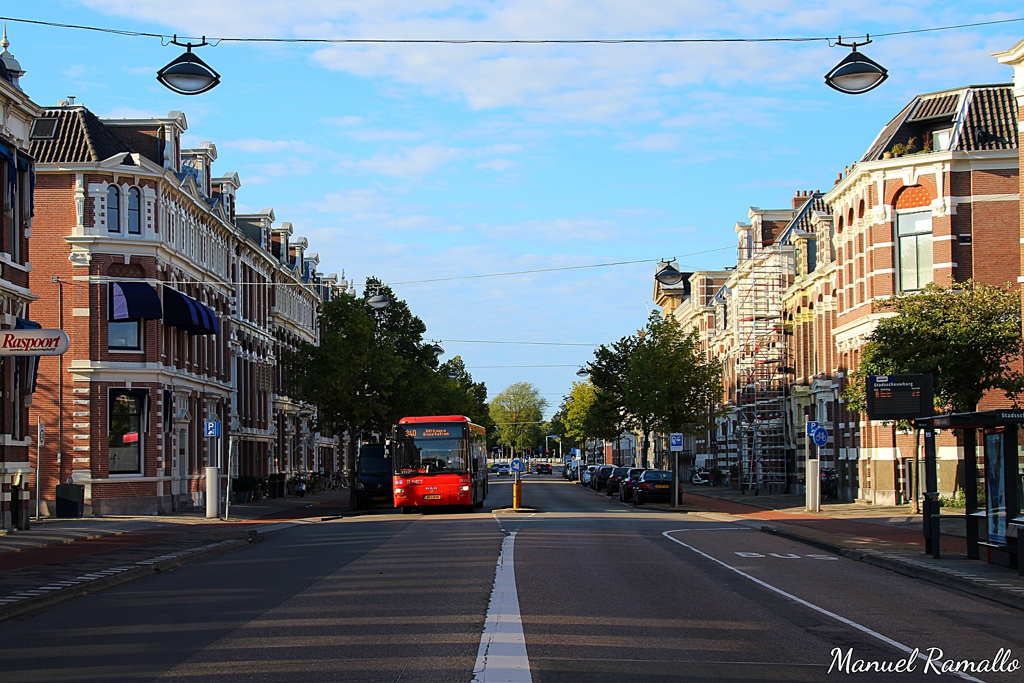 haarlem-holanda-paises-bajos-calle-autobus