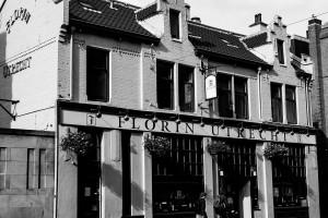 utrecht-casa-fachada-paises-bajos-holanda-blanco-y-negro-black-white