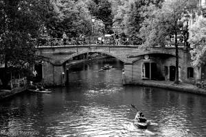 canal-piraguas-utrecht-blanco-y-negro-holanda-paises-bajos